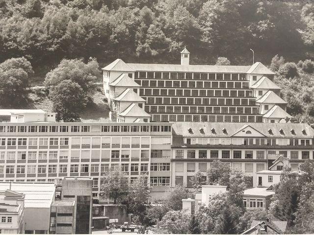 Junghans Uhrenfabrik - Historische Aufnahme des Terassenbaus